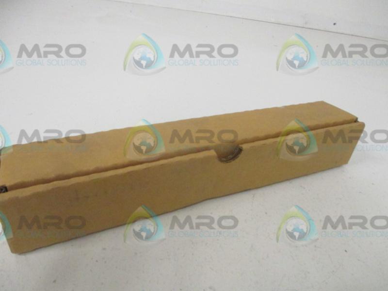 NEW IN BOX * CHROMALOX SGW-2207 WATER HEATER ELEMENT