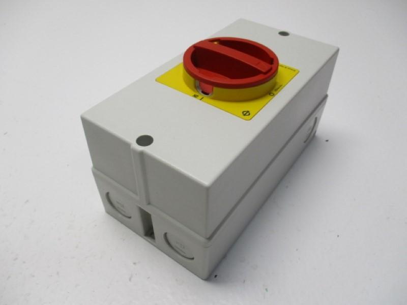 NEW Kraus /& Naimer Disconnect Switch #29121 Part # HC-5736-4DX  KG125